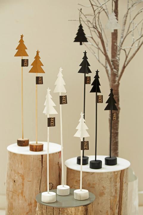 Oohh granar, gran, julpynt, advent, adventspynt, julgran, julgranar, natur, svart och vitt, svartvit, svarta och vita, granar på pinne, webbutik, webbutiker, webshop, inredning, detaljer, julen 2015, annelies design, fairtrade, unik design, återvunner material