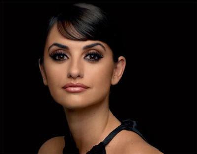 Free Shopping US: Learn makeup like Penelope Cruz