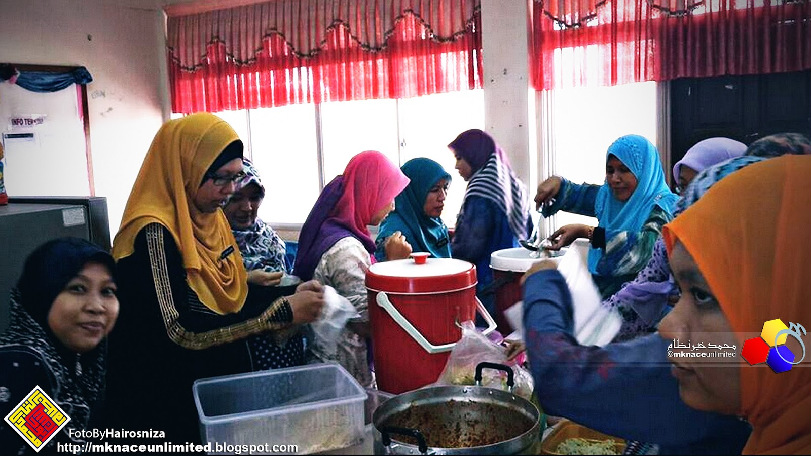 Potluck Post Aidilfitri Kebirus Smk Taman Nusajaya 2015 Mknace Tcash Vaganza 35 Dialogue Baby Giftset Polka Series 05 Majlis Dibuat Pada 27 Ogos Yang Lepas Bertempat Di Bilik Guru Layannzzz