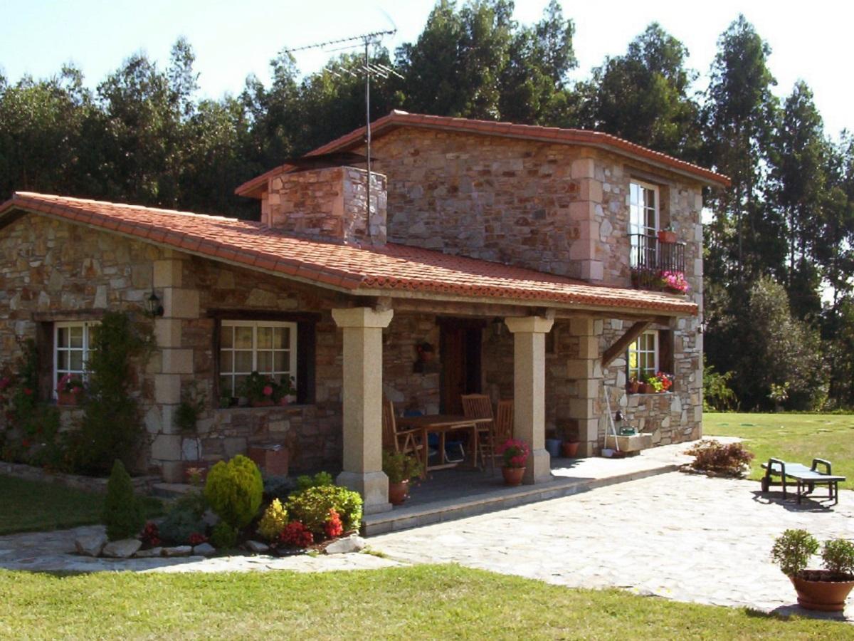 Construcciones r sticas gallegas casa en lubre for Fachadas rusticas de piedra y ladrillo