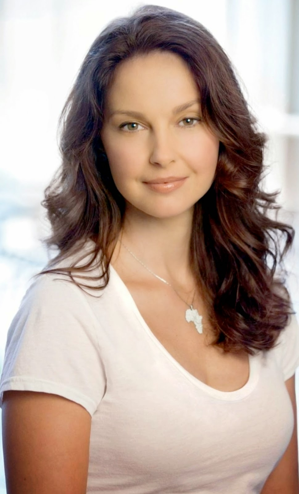 Gossip Celeb News: Ashley Judd