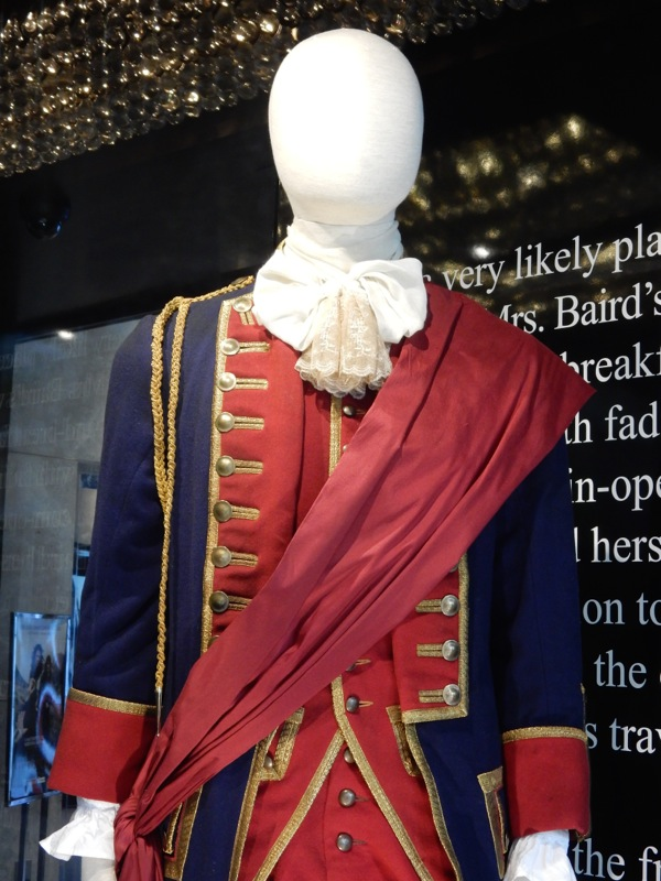 Outlander Redcoat Officer costume