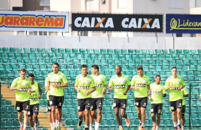 A equipe sofre com sete desfalques para o confronto com o Atlético-MG (Foto: Luiz Henrique/Figueirense)