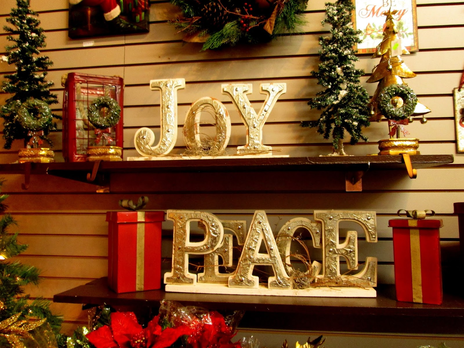 Anderson\'s Seed and Garden: Christmas is Here at Anderson\'s