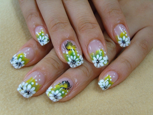 flower design nail art