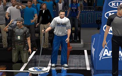 NBA 2K13 Janitor & Cameraman