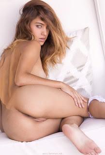 普通女性裸体 - feminax-sexy-uma-jollie-nude-poses-my-pussy-needs-a-big-cock-04-787231.jpg