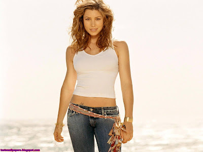 Jessica Biel HQ Wallpaper big top