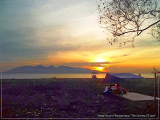 Sunrise di Pantai Boom Banyuwangi