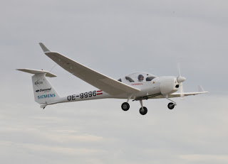 Siemens/Diamond/EADS/Austro hybrid airplane prototype