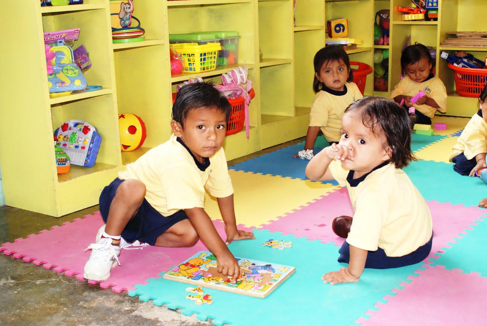 SIN CENSURA: Día de la Educacíon Inicial en el Perú