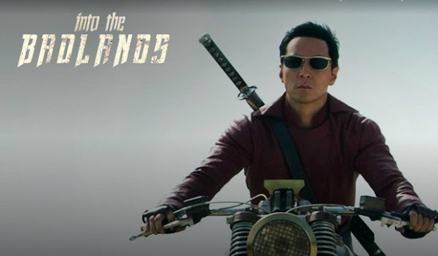 http://www.cinemania.es/blog/into-the-badlands-superheroe-de-las-artes-marciales/