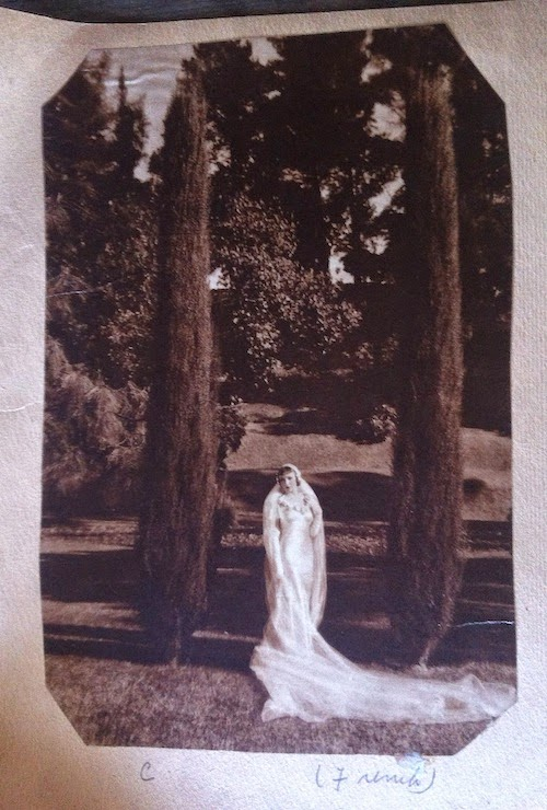 1930s wedding photograph outdoors french
