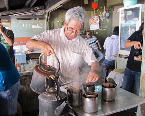 Kedai Kopi Ake, Tanjung Pandan