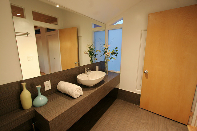 Storage Ideas To Save Space In Your Bathroom
