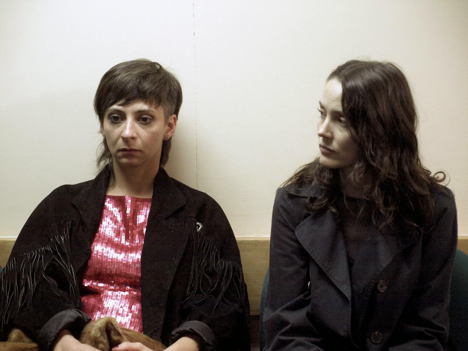 María José Siebald (Ana) e Ingrid Isensee (Sofía)