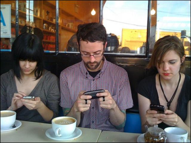 Dijajah Handphone 2
