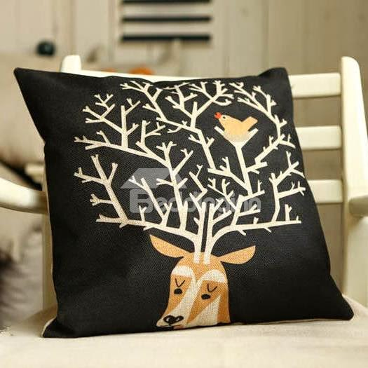 Christmas Gift Reindeer and Bird Pattern Throw Pillow