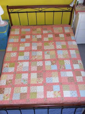 http://4.bp.blogspot.com/-VgpxZFaw7Gw/T9KM6N-liyI/AAAAAAAAESM/b1MAMVEdnpc/s400/Buttercup+Squares+002.jpg