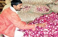 Govt to expedite Onion Import