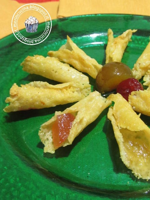 conetti di parmigiano e mostarda