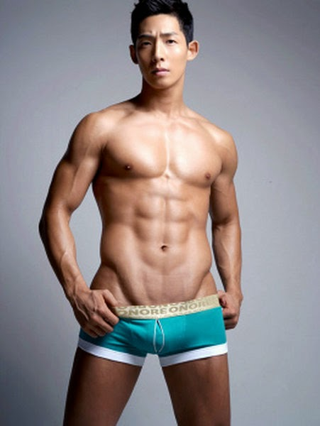 http://gayasiancollection.com/hot-asian-hunks-hot-underwear-model