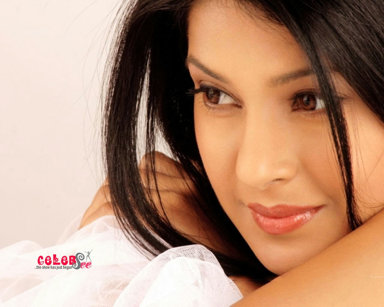 Celebsview sexy jennifer winget - Desi actress wallpaper ...