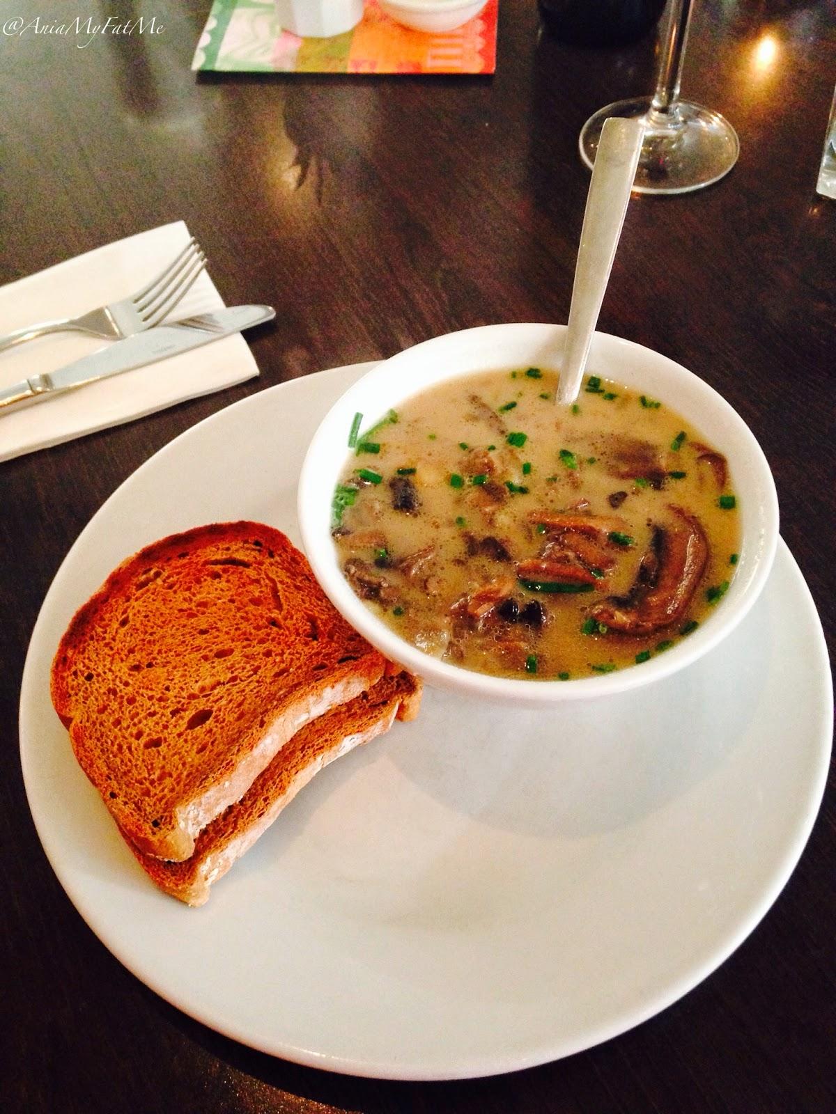 Carluccio's gluten free menu Zuppa di Funghi Con Pancetta rich soup of mushrooms and Italian bacon, served with gluten free bread.