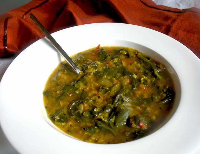Mixed Dal Palak (Lentils with Spinach and Tomato) | Lisa's ...