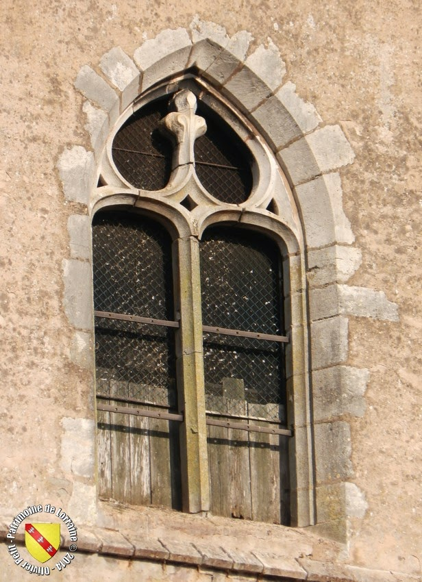 VEZELISE (54) - L'église Saint-Côme et  Saint-Damien (Extérieur)