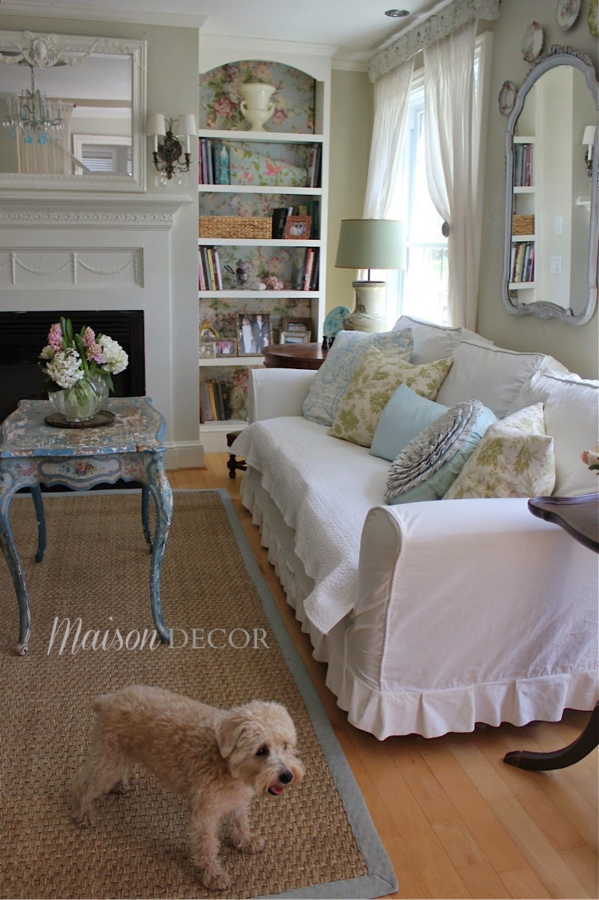 Savvy southern style favorite room maison decor for Southern style bedroom