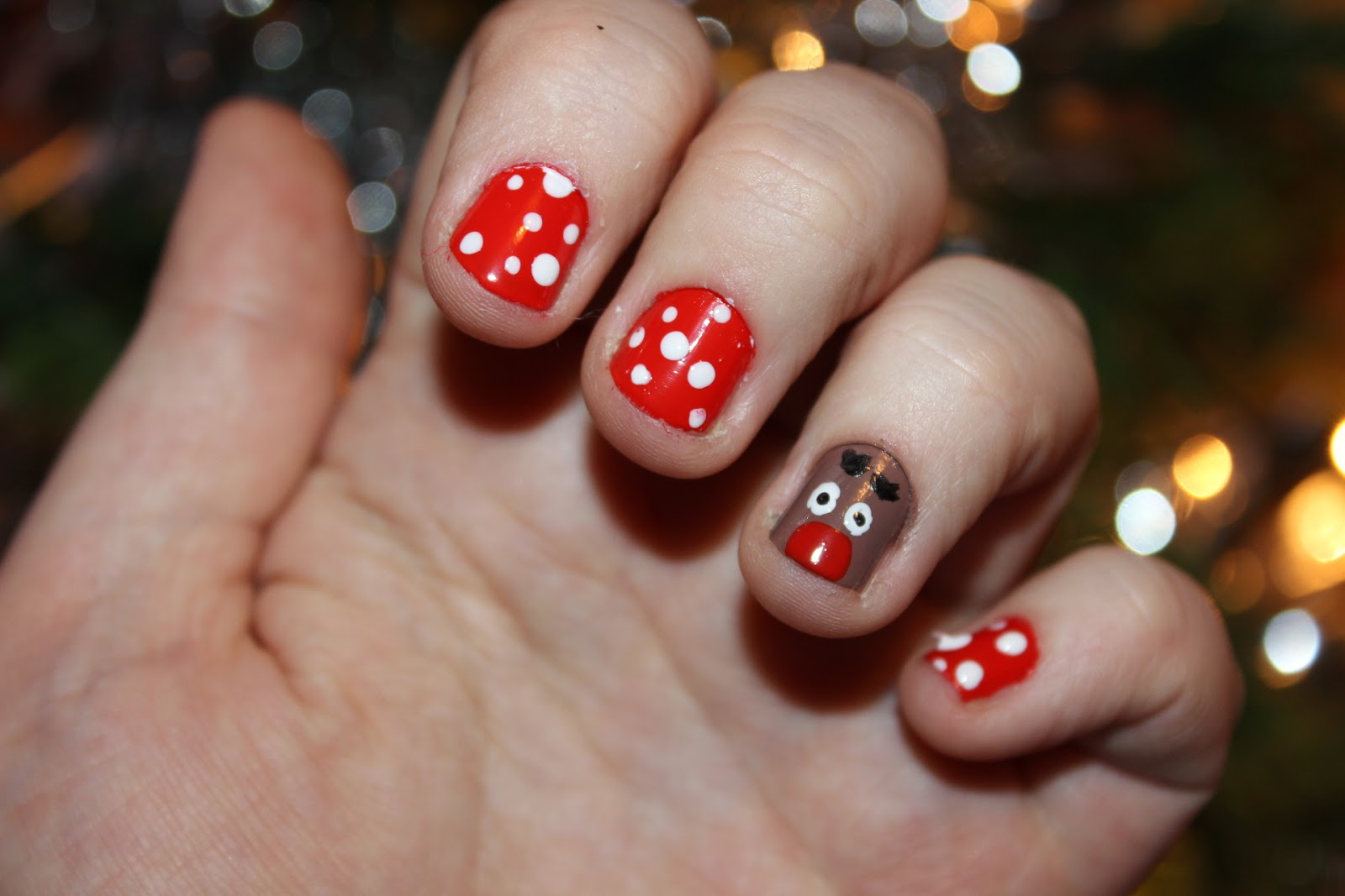 easy christmas nails reindeer style everyday lauren