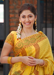 manjari hot pics in yellow saree