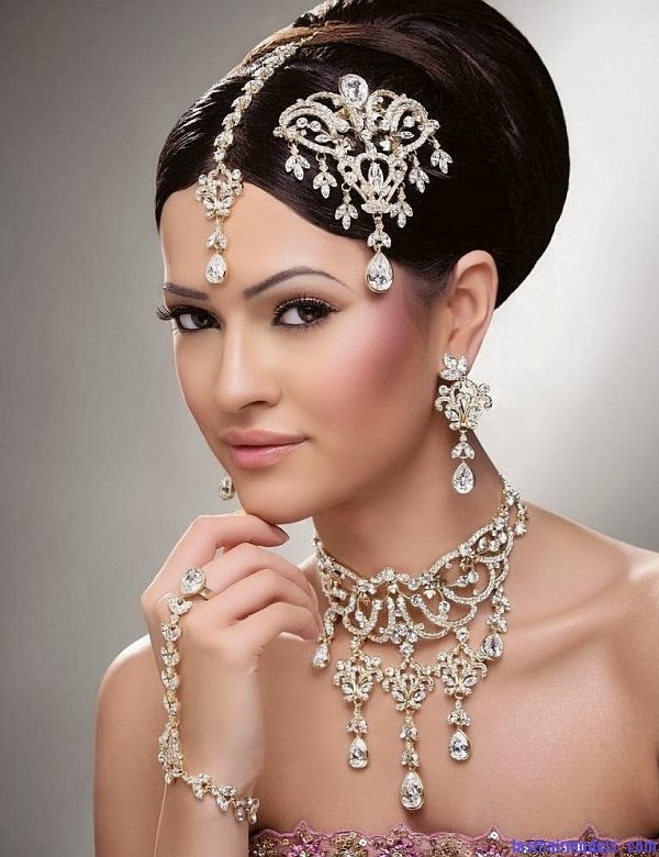 #90 Indian wedding hair style - Fashion and Design