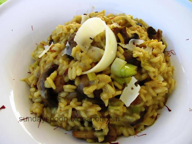 Ριζότο με μανιτάρια, κρόκο και Σαν Μιχάλη