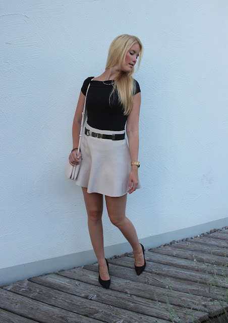 TheBlondeLion Look Carmen Top Primark Skirt black gold michael kors mango