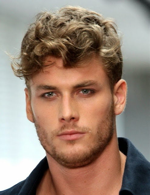 How To Choose The Right Short Curly Hairstyles For Men