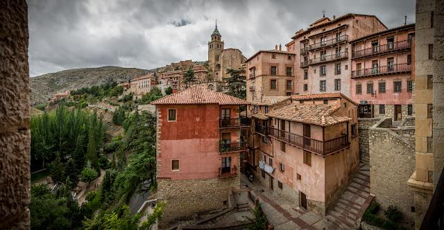 Albarracín :: Panorámica 7 x Canon EOS5D MkIII | ISO100 | Canon 24-105 @24mm | f/7.1 | 1/400s