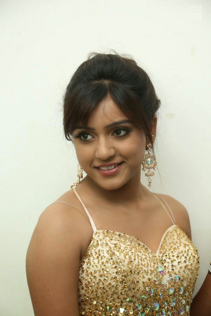 Vithika sheru hot images