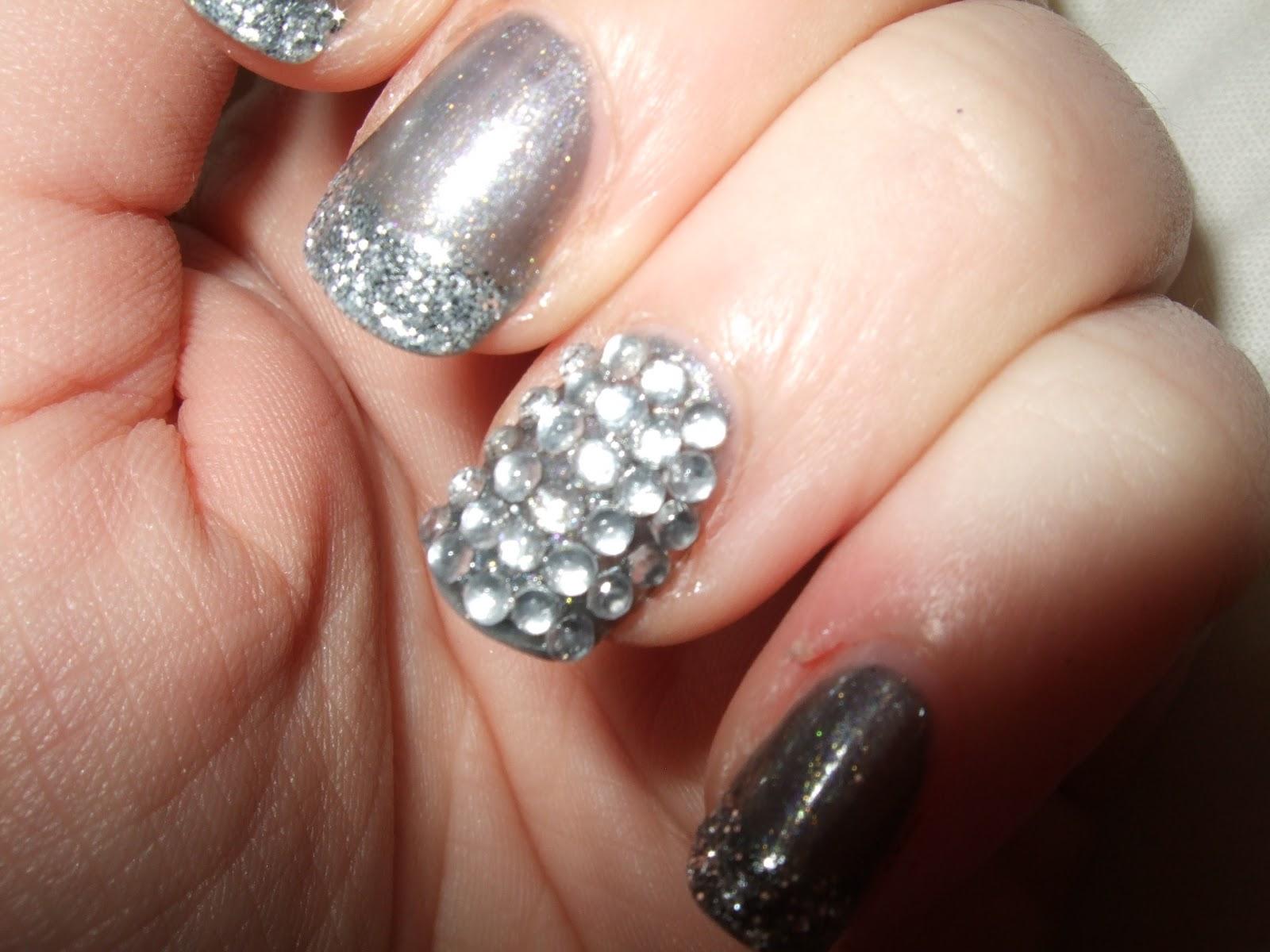 Oooooh Pretty: New Years Eve Nails!
