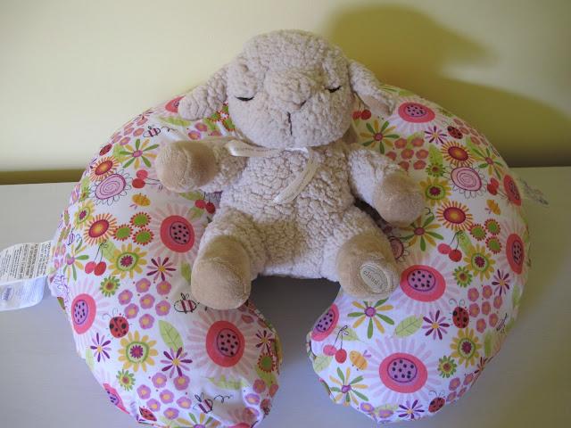 Stella's Boppy Pillow & Sleep Sheep