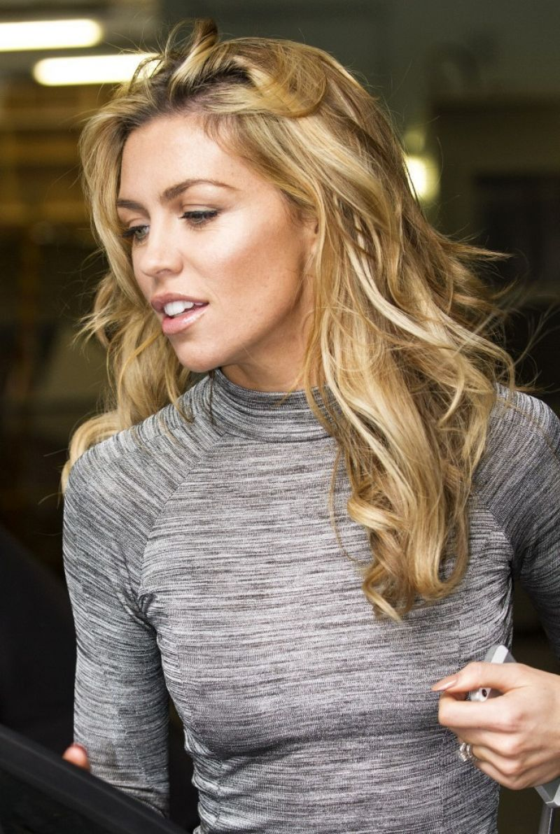 Young Abbey Clancy nude (59 foto and video), Ass, Paparazzi, Boobs, legs 2017