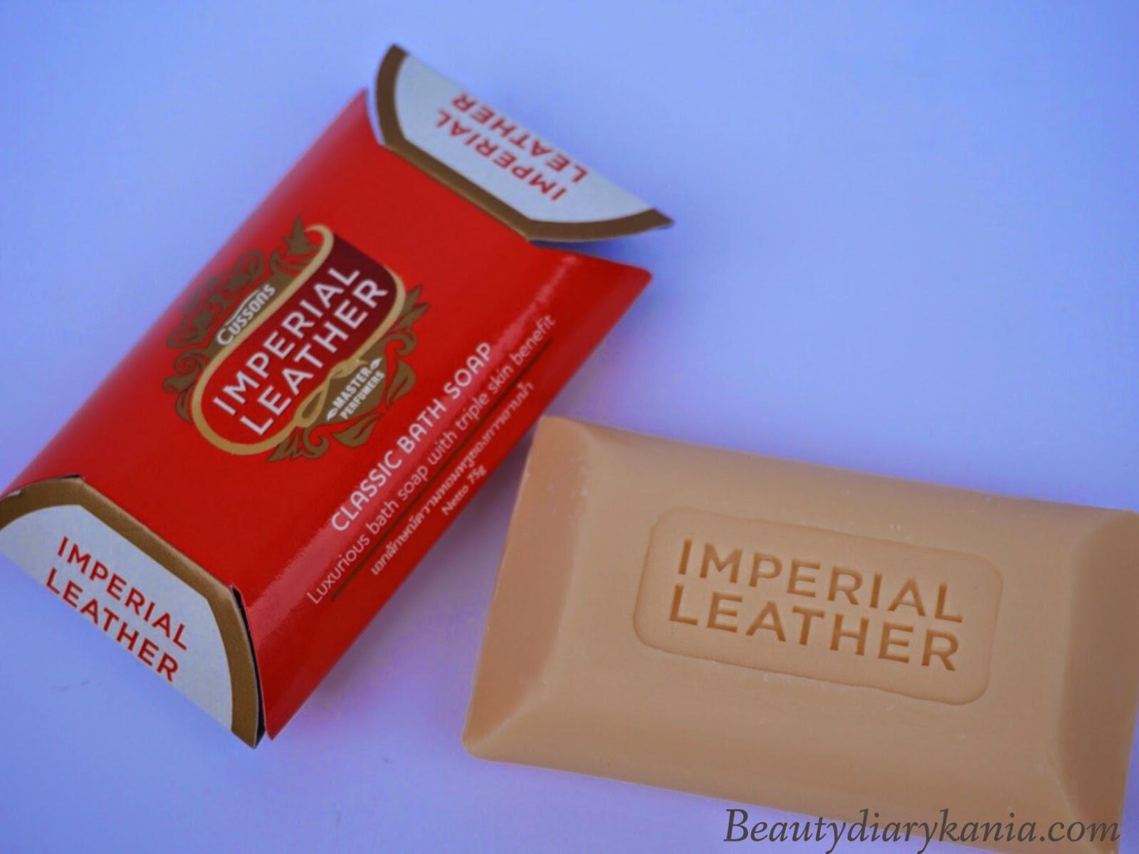 Beauty Diary Kania Review Cussons Imperial Leather Bar Soap Classic Body Kemasan Dikemas Menggunakan Hard Paper Yang Diberikan Label Bewarna Merah Dilengkapi Dengan Plastik Bening Didalamnya