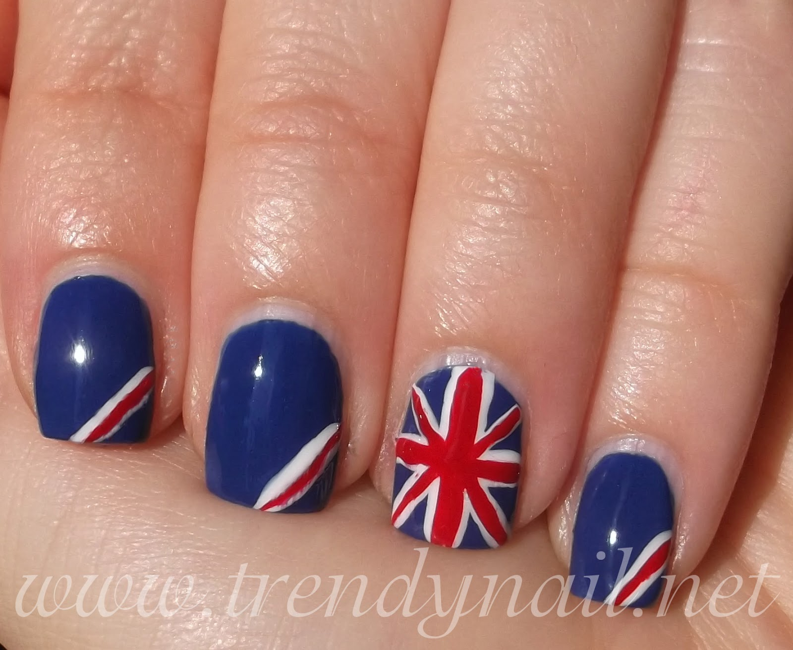 Nail design union beautify themselves with sweet nails nail art tutorial union jack manicure prinsesfo Image collections