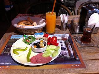 Burgaz Cafe kahvaltı Burgazada
