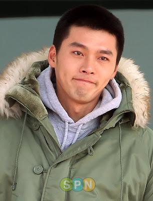 Hyun Bin se va al servicio militar y termina con Song Hye Kyo!!! Hyun-bin-army-7