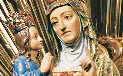 Statue of Ste-Anne. She looks a little bored, or tired, or dead inside