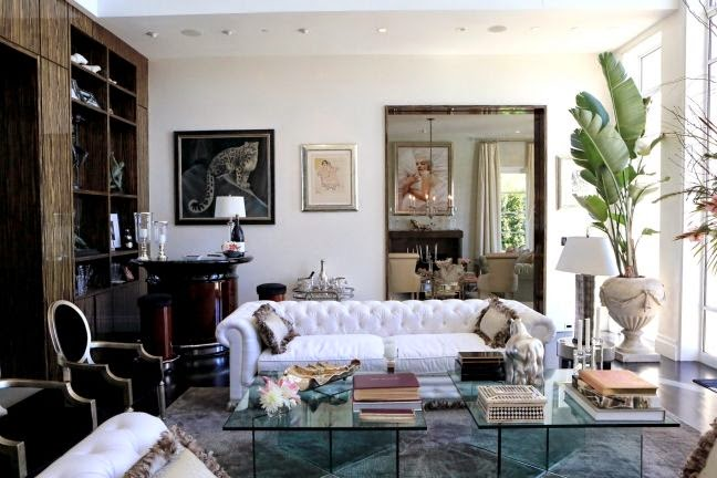 The Dorm Diaries Open House Lisa Vanderpump S Villa Rosa
