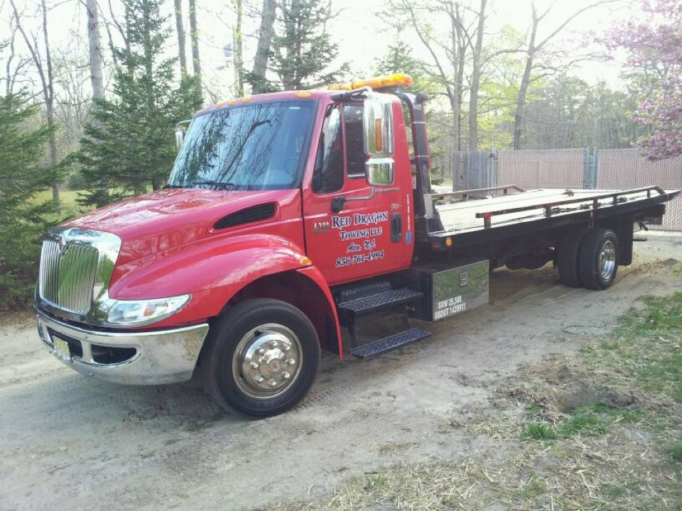 RED DRAGON TOWING LLC: the work truck
