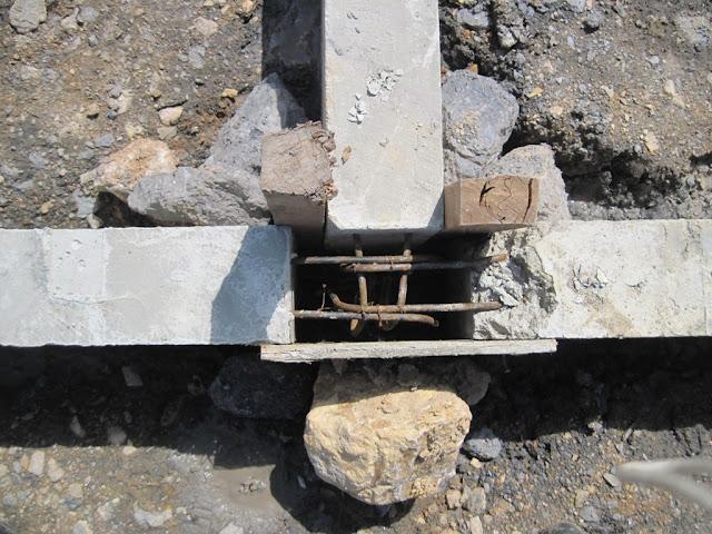 persiapan cor titik sambungan sloof beton precast